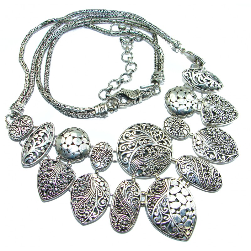 HUGE 89.6 grams Vintage Design best quality .925 Sterling Silver handmade necklace