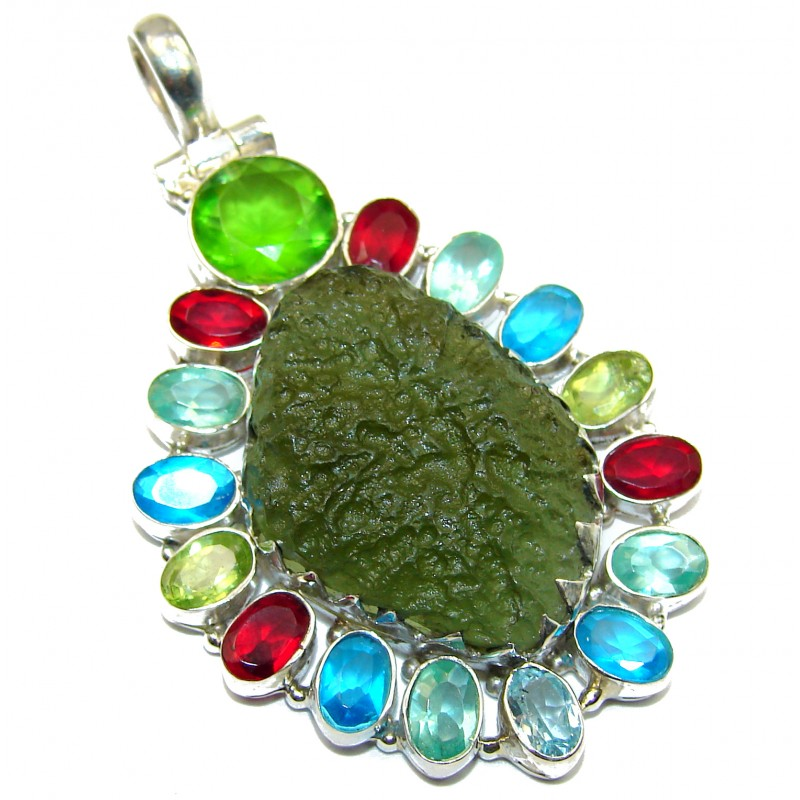 Unique design lab. Green Moldavite Peridot Sterling Silver Pendant