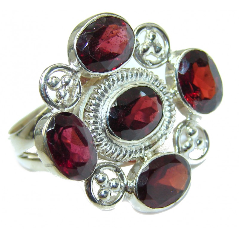 Genuine 28 ct Garnet .925 Sterling Silver handmade Cocktail Ring s. 6 3/4