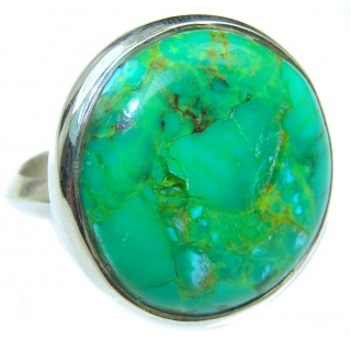 Energizing green Turquoise .925 Sterling Silver handmade Ring size 7