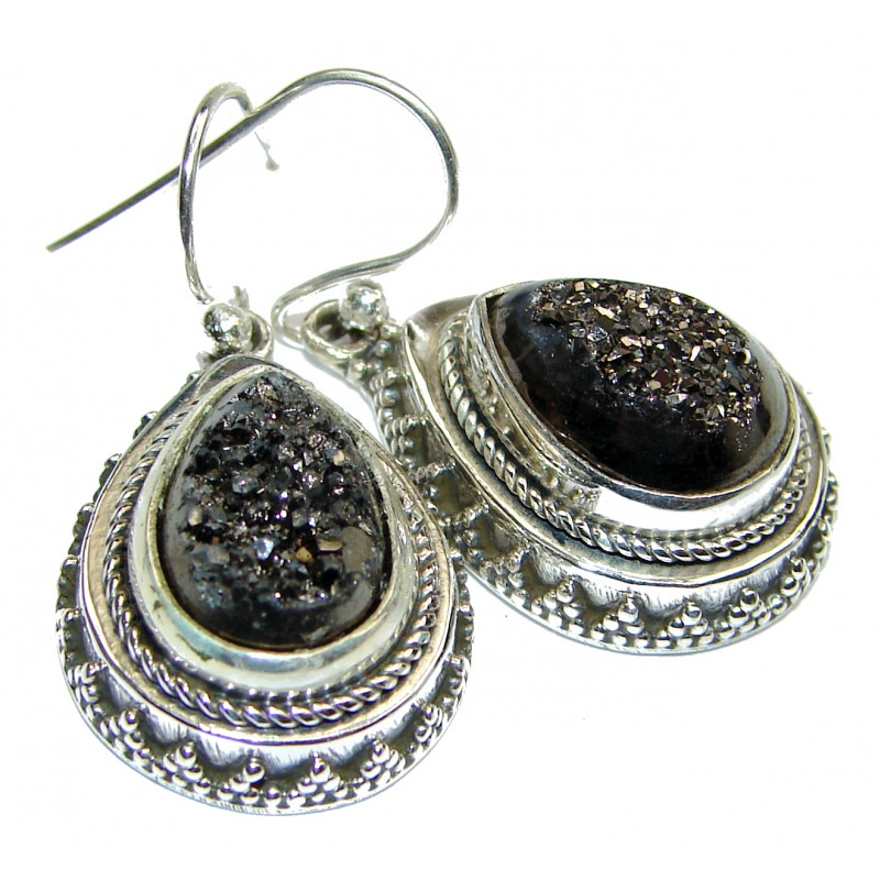 Solid and Chunky Titanum Stone .925 Silver earrings