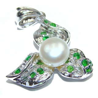 Vintage Design Pearl Chrome Diopside .925 Sterling Silver handcrafted pendant