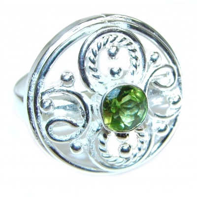 Green Quartz .925 Sterling Silver handcrafted ring; s. 9