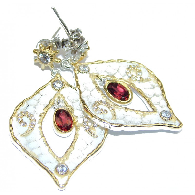 Rich Design Garnet .925 Sterling Silver in Antique White Patina handcrafted earrings