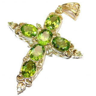 Spectacular genuine Peridot 24K Gold over .925 Sterling Silver handcrafted Pendant