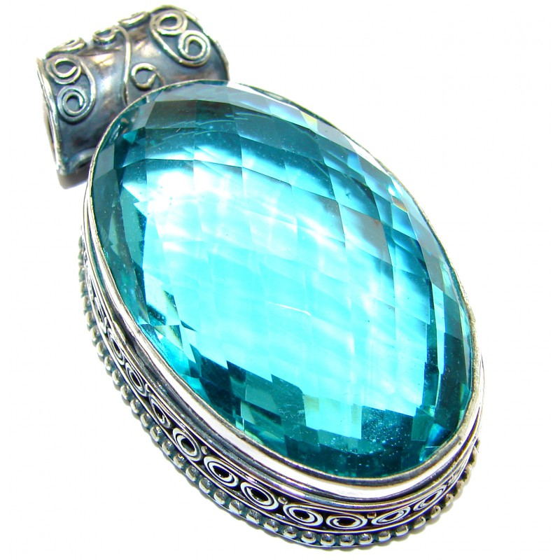Perfect facteted Blue Quartz .925 Sterling Silver handmade pendant