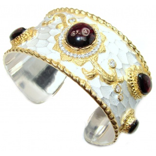 Bracelet with Cabochon Garnet & Diamonds 24K gold and Silver in Antique White Patina