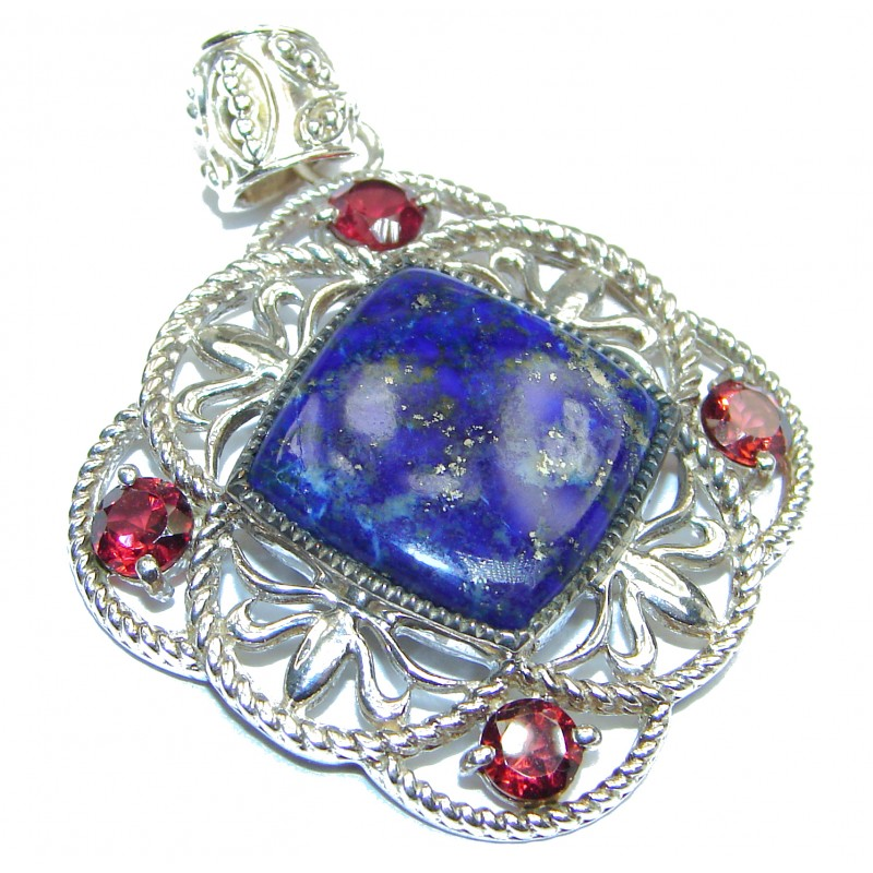 Wonderful Blue Lapis Lazuli .925 Sterling Silver handmade Pendant