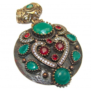 Victorian Style protective power created Emerald Sterling Silver Pendant