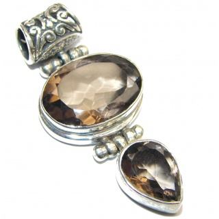 Beauty Smoky Topaz .925 Sterling Silver handmade Pendant