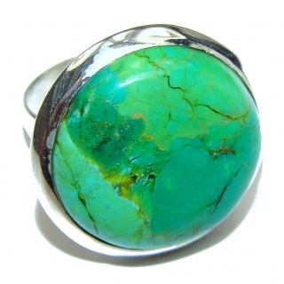 Energizing green Turquoise .925 Sterling Silver handmade Ring size 6 1/4