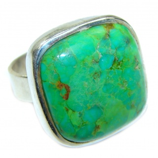 Energizing green Turquoise .925 Sterling Silver handmade Ring size 8
