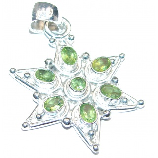Royal quality genuine Peridot .925 Sterling Silver handcrafted Pendant