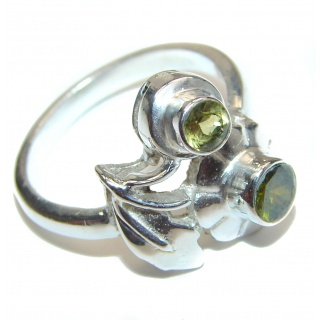 Energizing genuine Peridot .925 Sterling Silver handcrafted Ring size 8 1/4