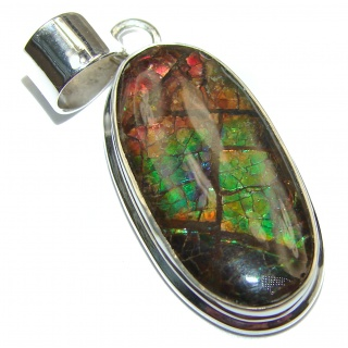 Simple Design genuine Canadian Ammolite .925 Sterling Silver handcrafted Pendant