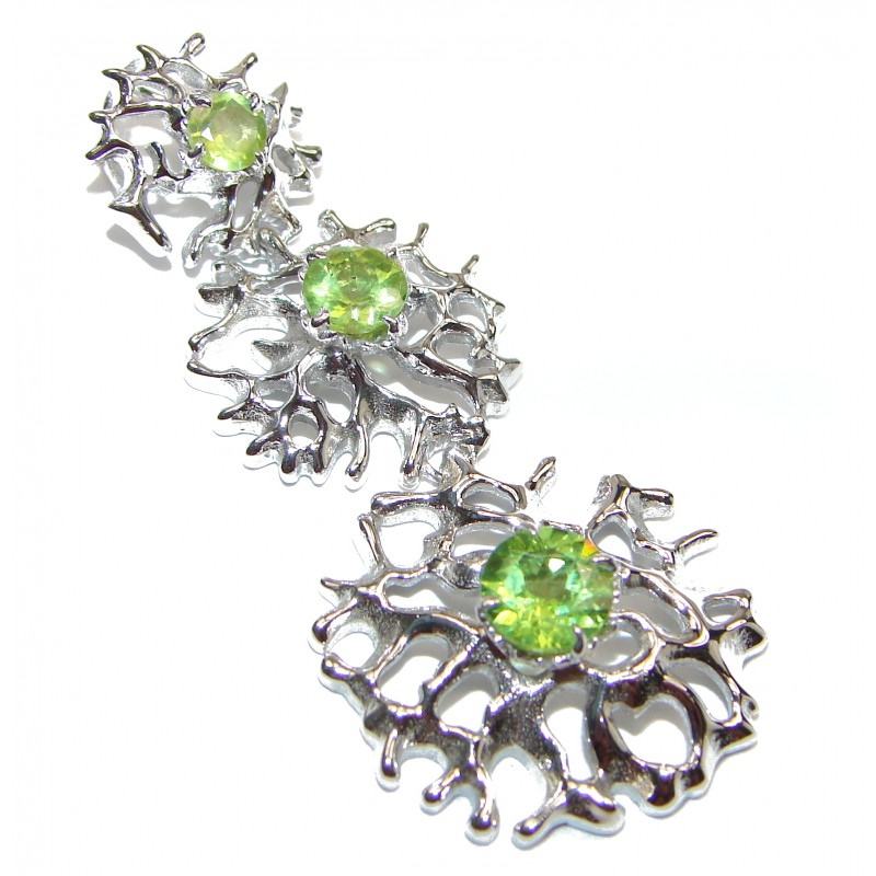 Unique design Peridot .925 Sterling Silver handcrafted Pendant