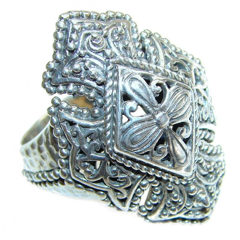 Bali made .925 Sterling Silver handcrafted Ring s. 10