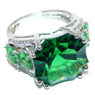 Authentic volcanic 19ct Green Helenite .925 Sterling Silver ring s. 7 1/4