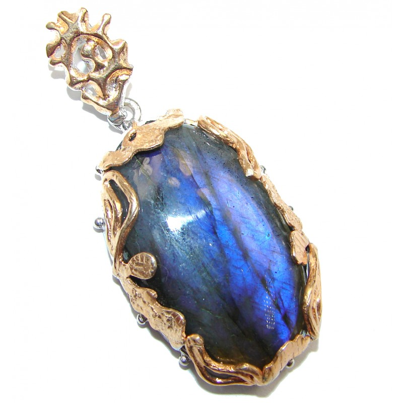 Vinatge Beauty Fire Labradorite 14K Gold over .925 Sterling Silver handcrafted Pendant