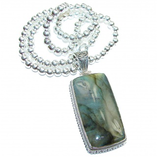 Mesmerizing lights FIRE Labradorite .925 Sterling Silver entirely handcrafted necklace