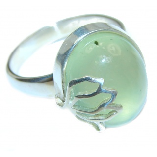 Sublime Moss Prehnite .925 Sterling Silver ring; s. 8
