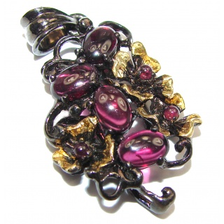 Victorian Style genuine Kashmir Ruby black rhodium over .925 Sterling Silver handmade Pendant