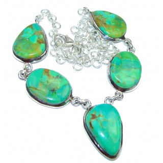 Very Unusual Green Turquoise .925 Sterling Silver handmade necklace