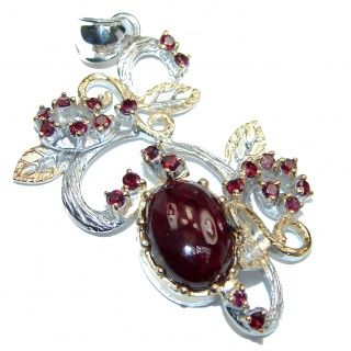 Incredible Vintage Design Garnet 2 tones .925 Sterling Silver handmade Pendant