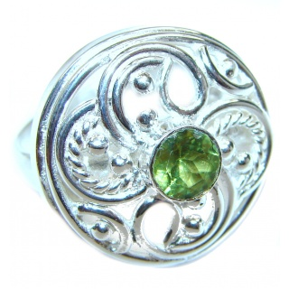 Aurora Spectacular Natural Peridot .925 Sterling Silver handcrafted ring size 8 1/2