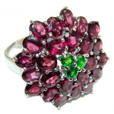 Dazzling natural Red Garnet & .925 Sterling Silver handcrafted ring size 8