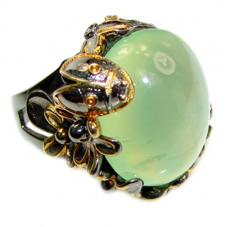 Lady bug Natural Prehnite Peridot black rhodium over .925 Sterling Silver handmade ring s. 9