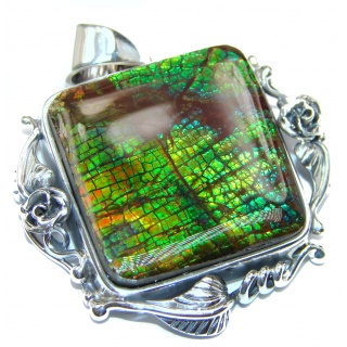 Rich Design genuine Canadian Ammolite .925 Sterling Silver handcrafted Pendant
