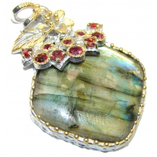 Vinatge Style Blue Fire Labradorite .925 Sterling Silver handcrafted Pendant