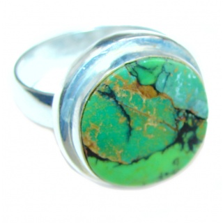 Huge Green Turquoise .925 Sterling Silver handcrafted ring; s. 10