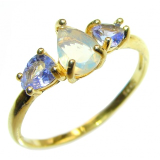 Vintage Design 2.5ctw Genuine Ethiopian Opal .925 Sterling Silver handmade Ring size 9 1/2