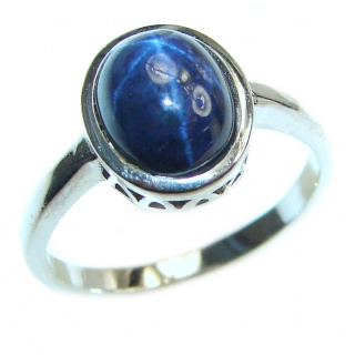 Great star Sapphire .925 Sterling Silver Ring size 9