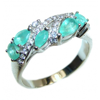 Emerald .925 Sterling Silver handmade Ring size 7 1/4