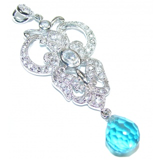 Vinatge style Beauty Authentic Swiss Blue Topaz .925 Sterling Silver Pendant