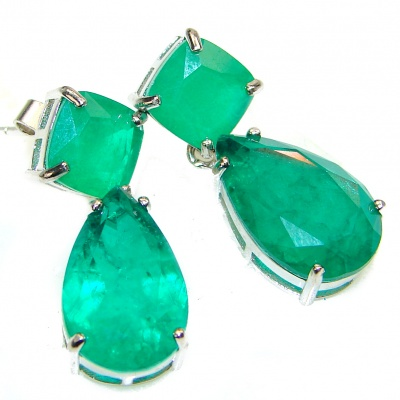 Spectacular Emerald .925 Sterling Silver handmade earrings