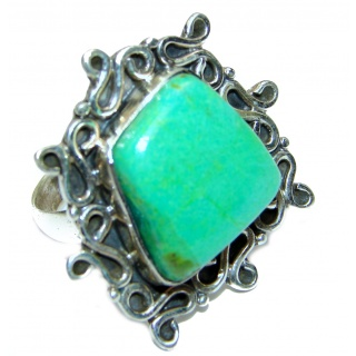Huge Green Turquoise .925 Sterling Silver handcrafted ring; s. 8 1/2