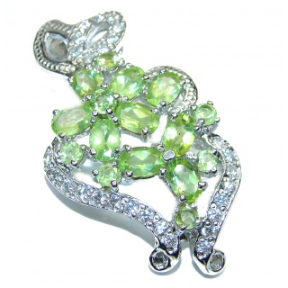 Dazzling Natural Peridot 925 Sterling Silver Pendant
