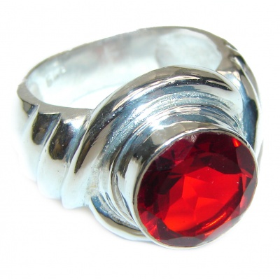 Red quartz .925 Sterling Silver Ring size 8 3/4