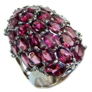 Vintage Design Authentic Garnet .925 Sterling Silver brilliantly handcrafted ring s. 9