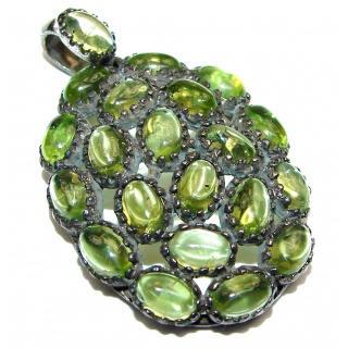 Spectacular Unique design Peridot .925 Sterling Silver Pendant