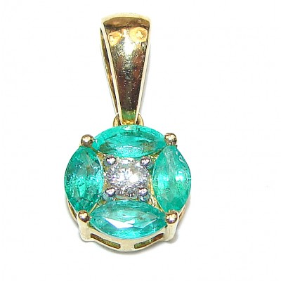 18K yellow Gold Vintage Style Emerald and Diamond Pendant