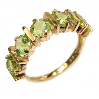14K yellow Gold Peridot Cocktail Ring size 5 3/4