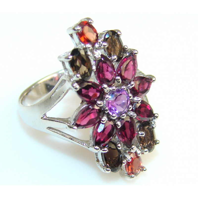 Lovely Red Mozambique Garnet Sterling Silver Cocktail Ring s. 6 3/4