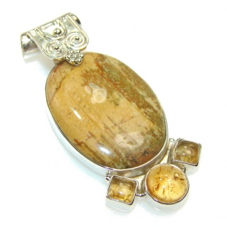 Stylish Montana Agate Sterling Silver Pendant