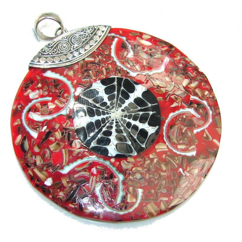 So In LOve!! Red Ocean Shell Sterling Silver Pendant