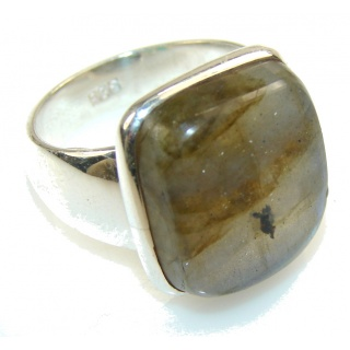 Delicate Blue Labradorite Sterling Silver Ring s. 7 1/4